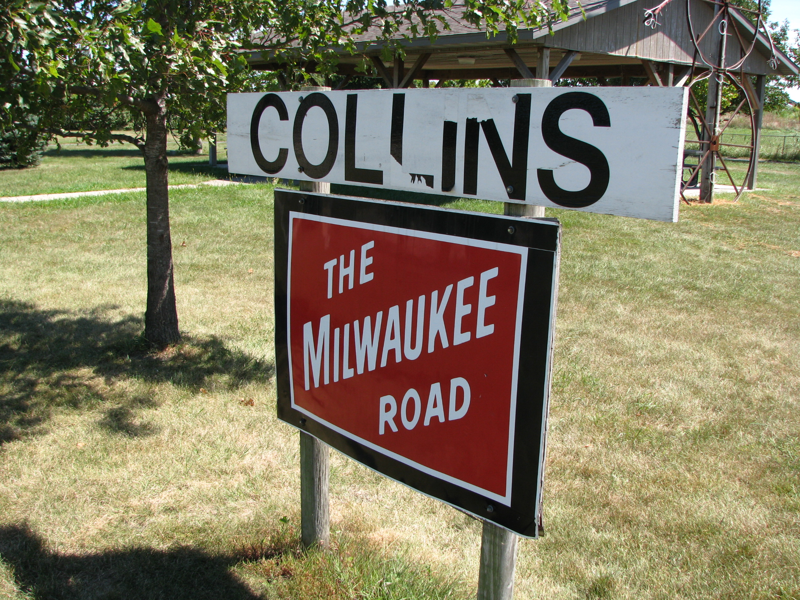 Collins Park Signs The Milwaukee Road